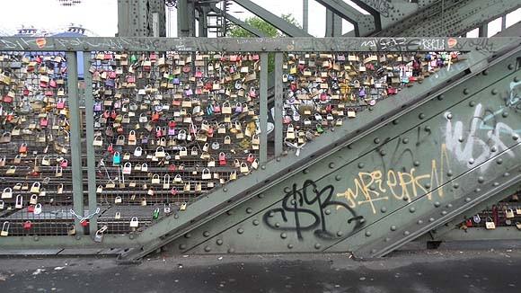 locks-of-love-cologne-2 (1)