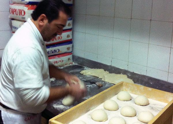 napoli-pizza-italian-dough-2