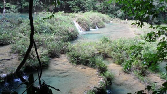semuc-champey-guatemala-waterfalls