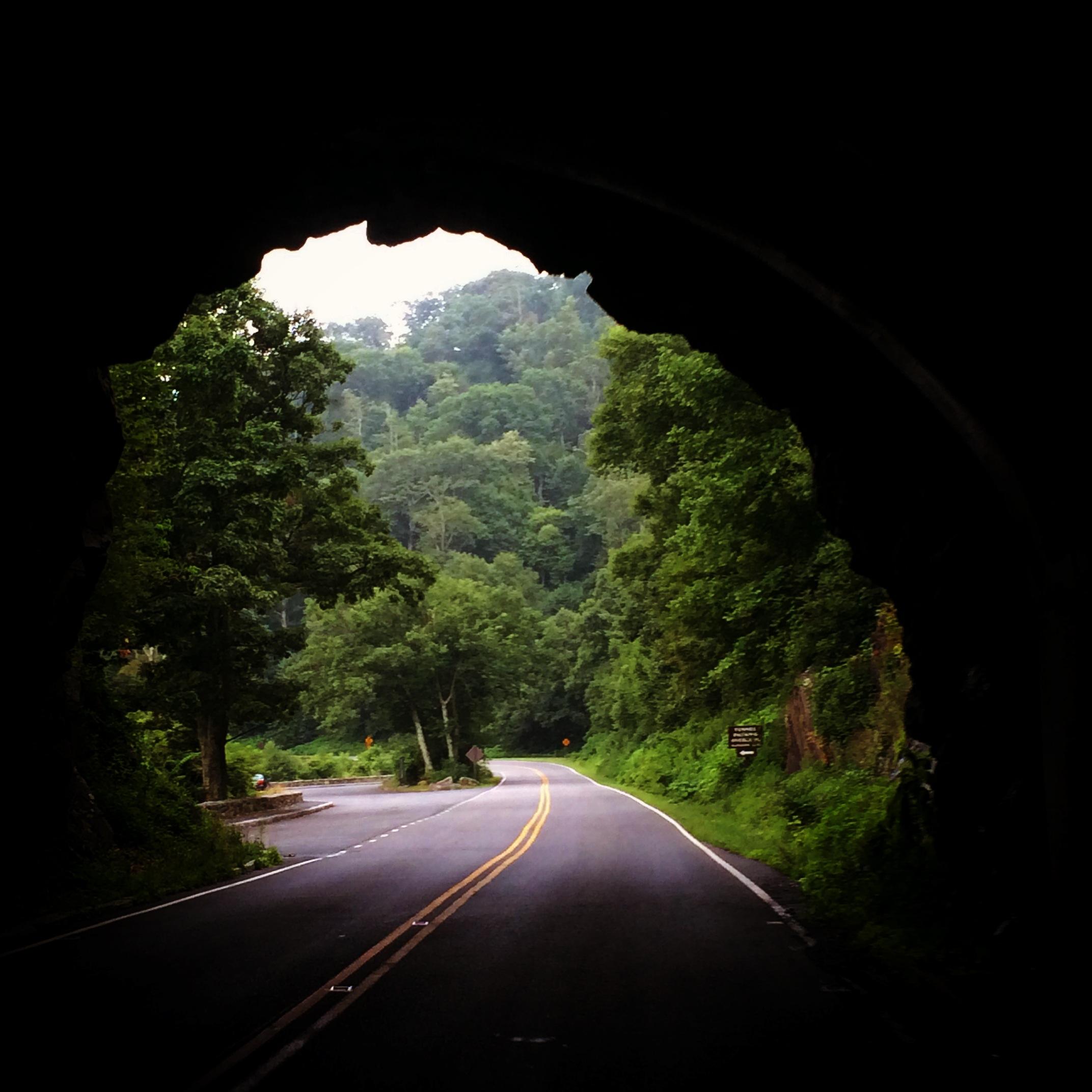 marys-rock-tunnel-shenandoah-national-park