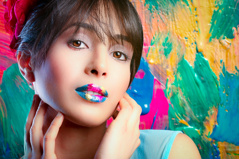 Karol+Color+Closeup.jpg