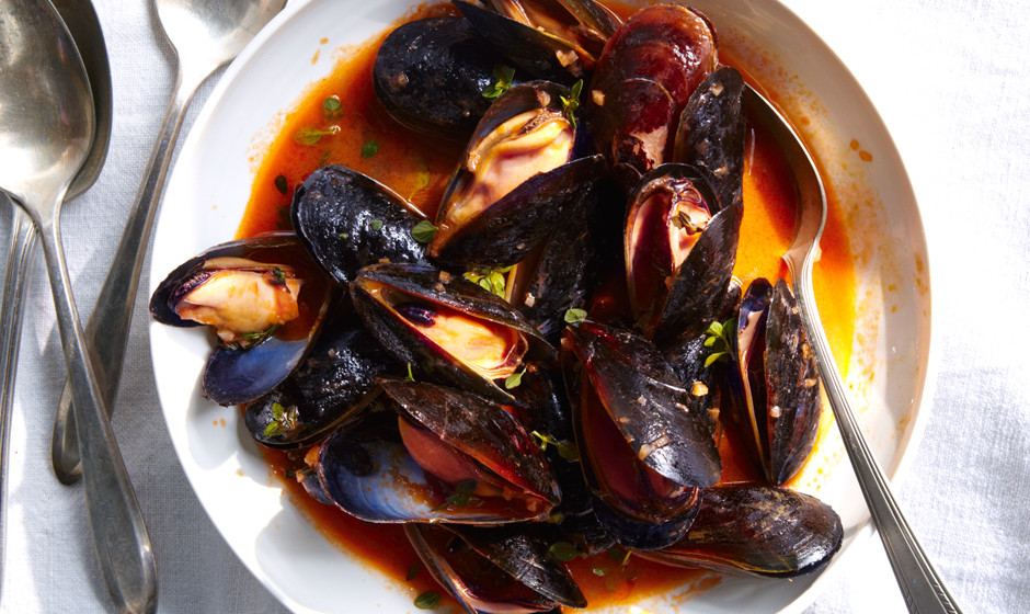 mussels-with-white-wine1-940x560.jpg