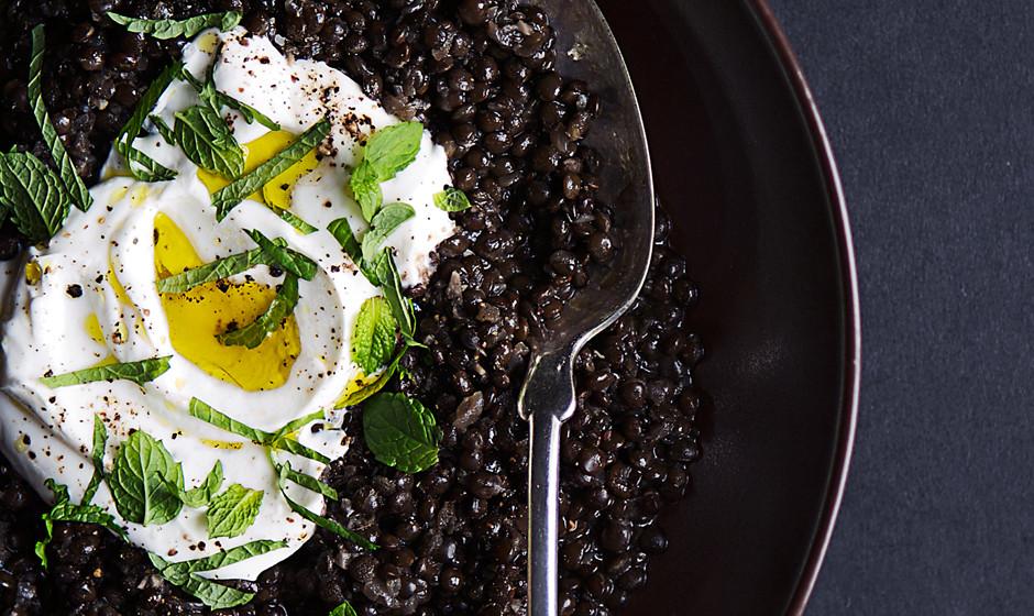 spiced-black-lentils-with-yogurt-and-mint1-940x560.jpg