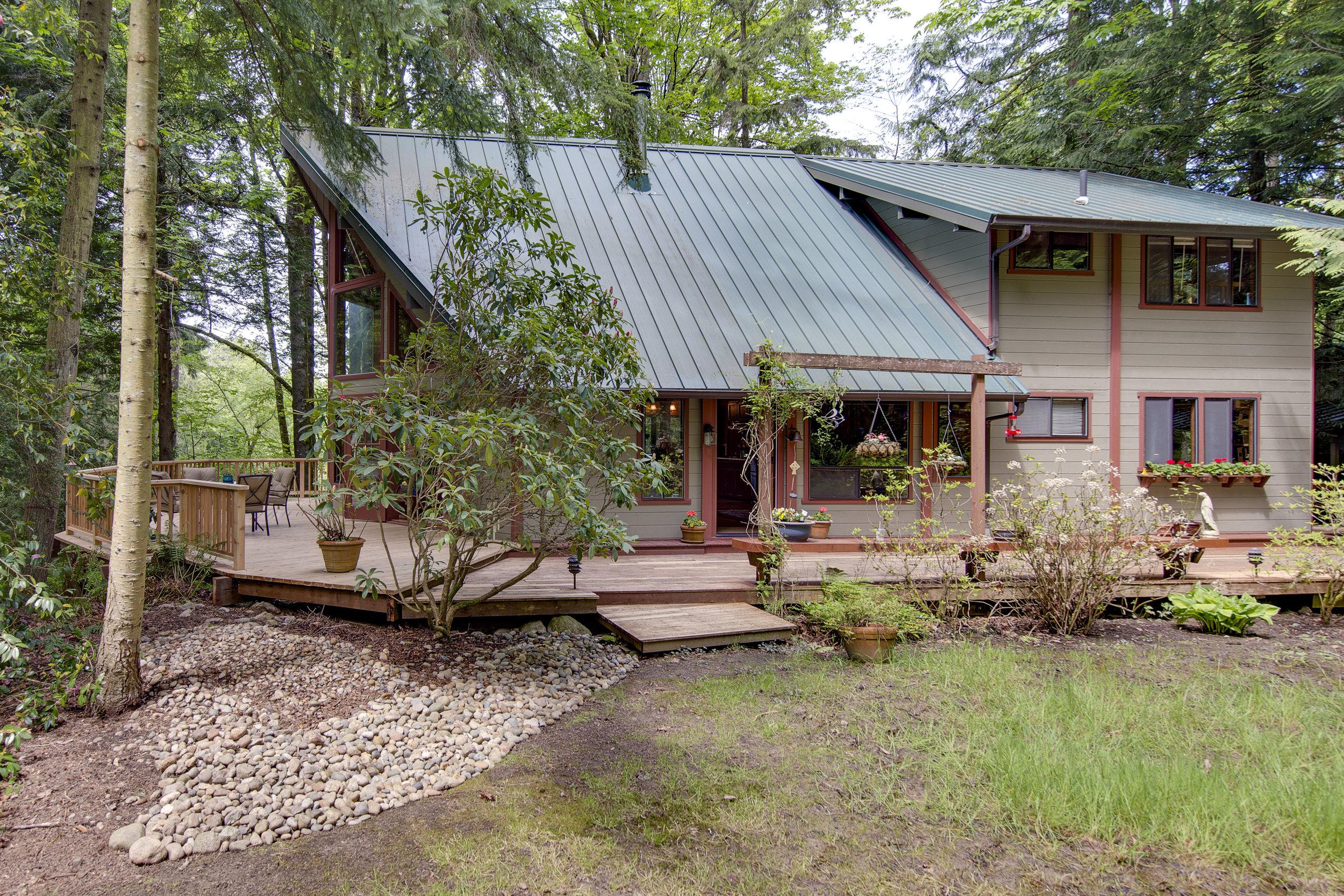 *13395 North Madison Ave NE, Bainbridge Island | Sold for $694,000