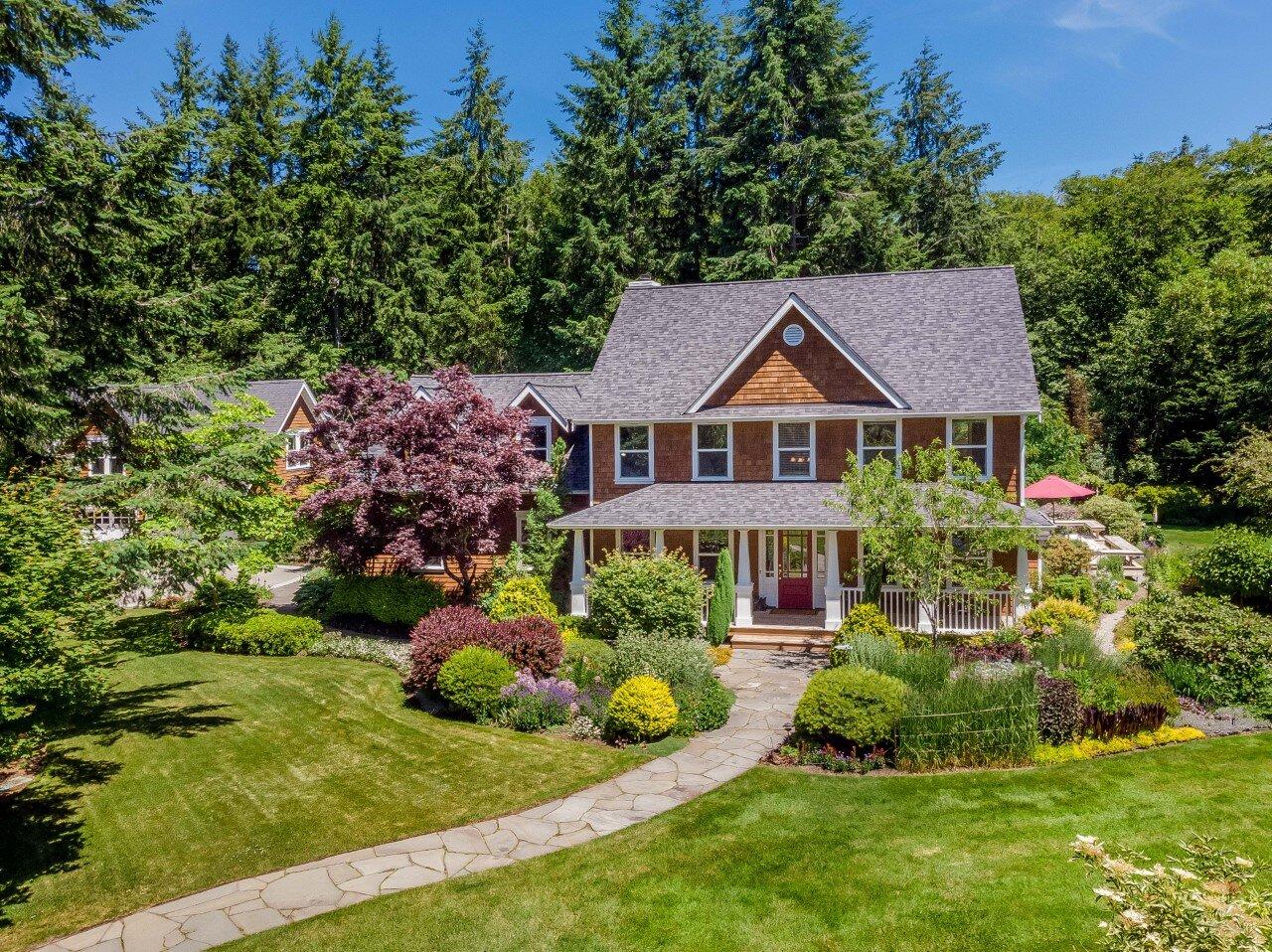 ** 14522 Chesapeake Place NE, Bainbridge Island | Sold for $1,389,000