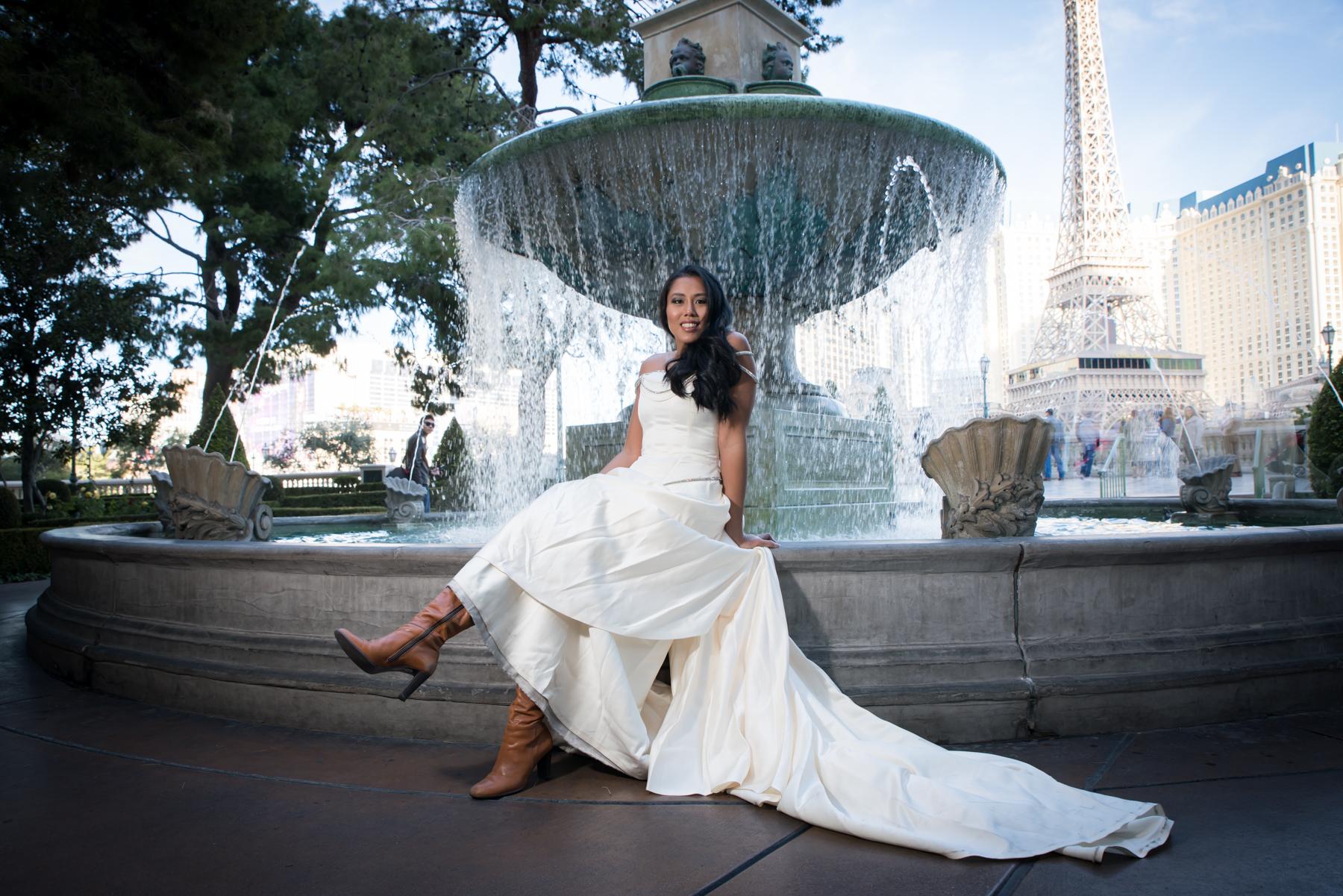 strip fountains bridal portrait