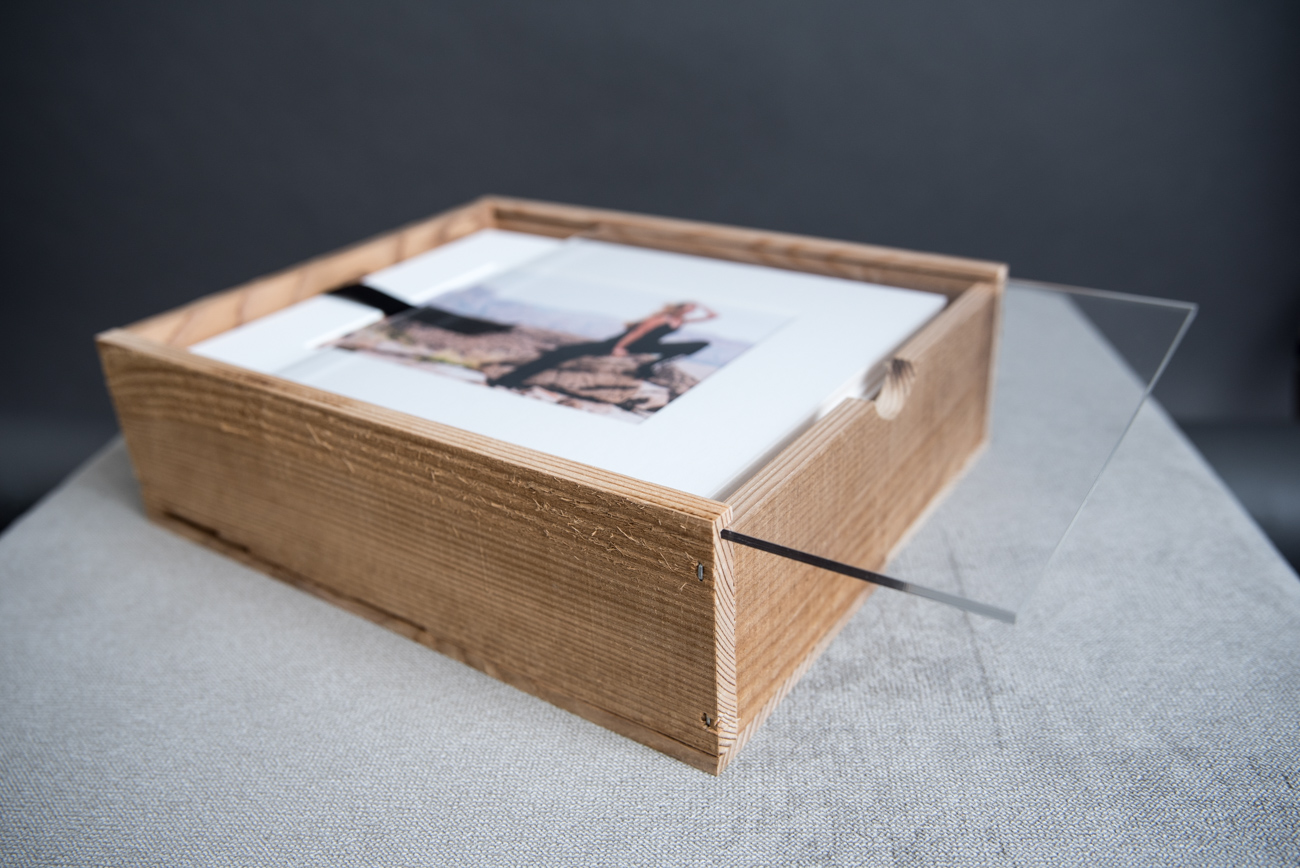 Rustic wood folio box- Martina Zando Photography