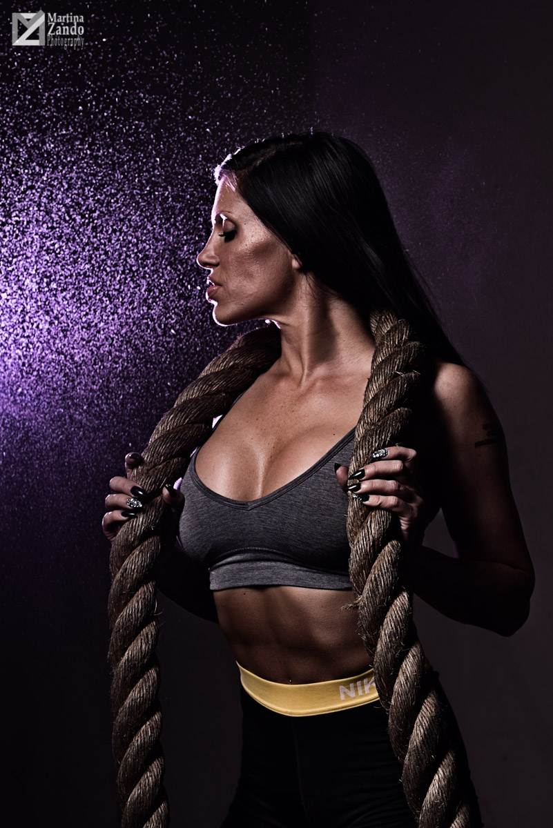 fitness photo las vegas holding exercise rope