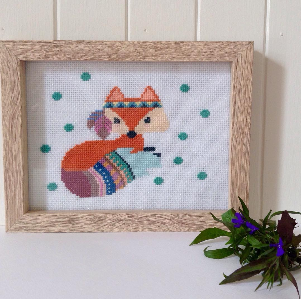 Annie Wilson - Cute and quirky local Elsternwick resident Annie hand-stitches gorgeous pictures for you!