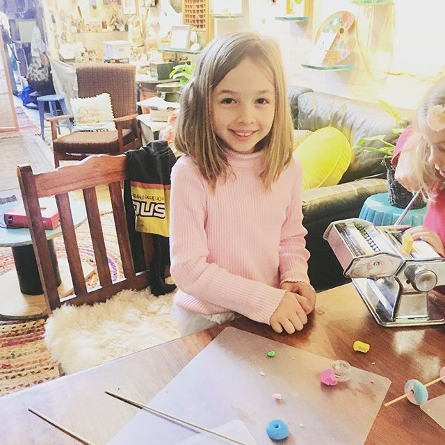 Lily's 8th Birthday Party at the warehouse 🙌 making beads with four of her nearest and dearest 🤩🙈🤸🏻‍♂️