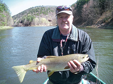 Fly fishing on the Delaware river with Sweetwater Guide Service