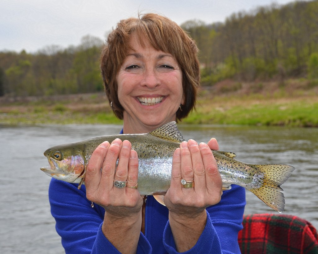 5/10/16 Sue. L joins the fun with a nice wild Rainbow trout!