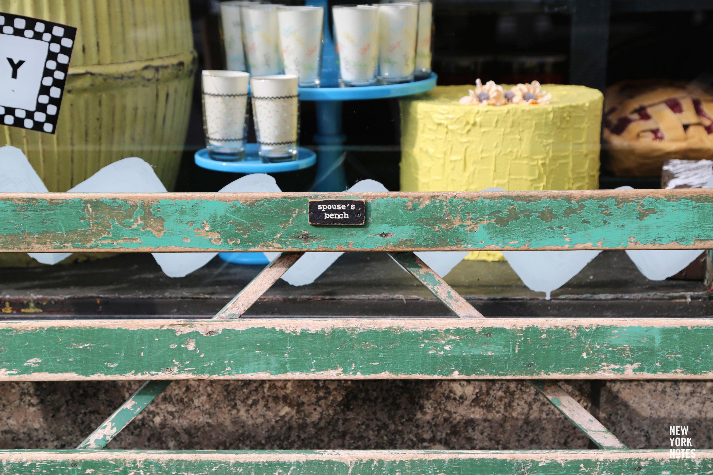fishs-eddy-spouses-bench.jpg