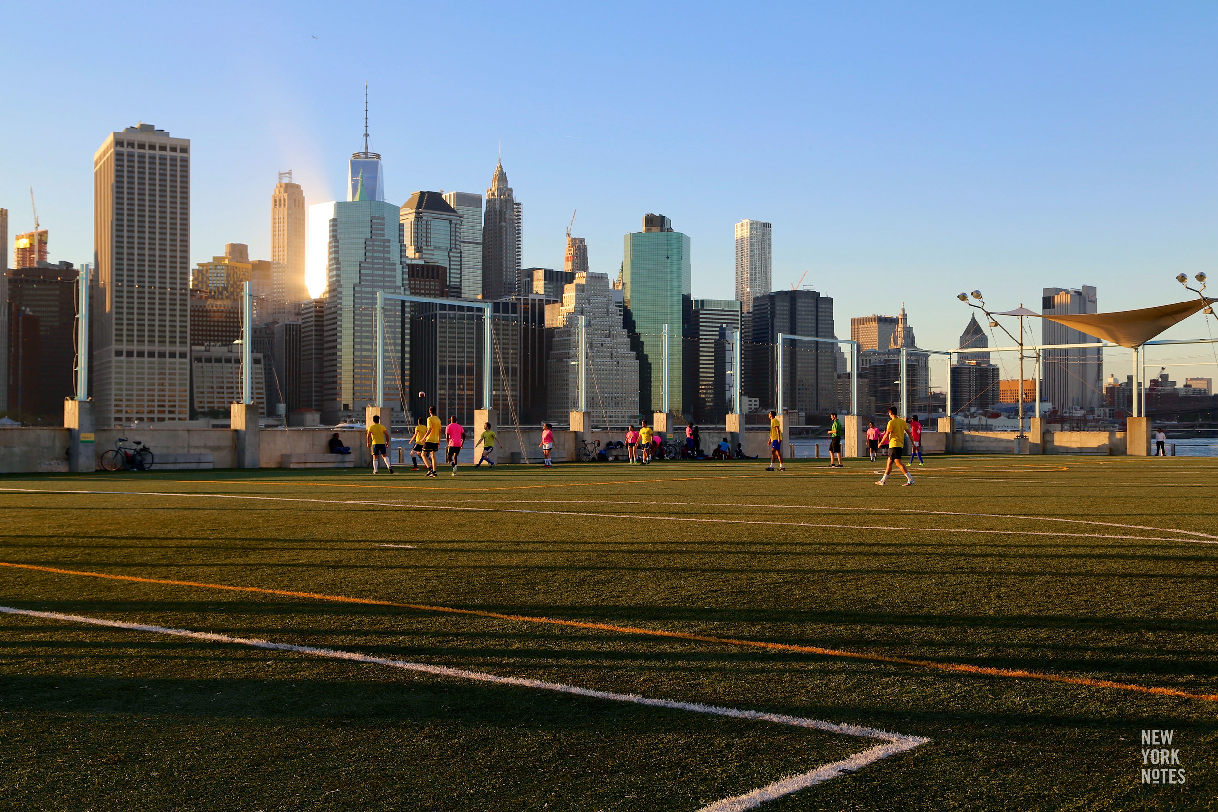 new_york_notes_guide_brooklyn_bridge_park_soccer_01.jpg