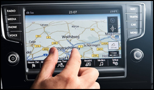 Capacitive Anti-glare Touchscreen View your Media and Navigation on a clear, high resolution display. A capacitive anti-glare touchscreen gives you precise fingertip control and superior visibility in all lighting conditions.