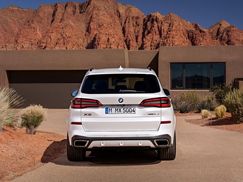 Aftermarket BMW Hitches, Stealth Hitches - The Hidden Hitch