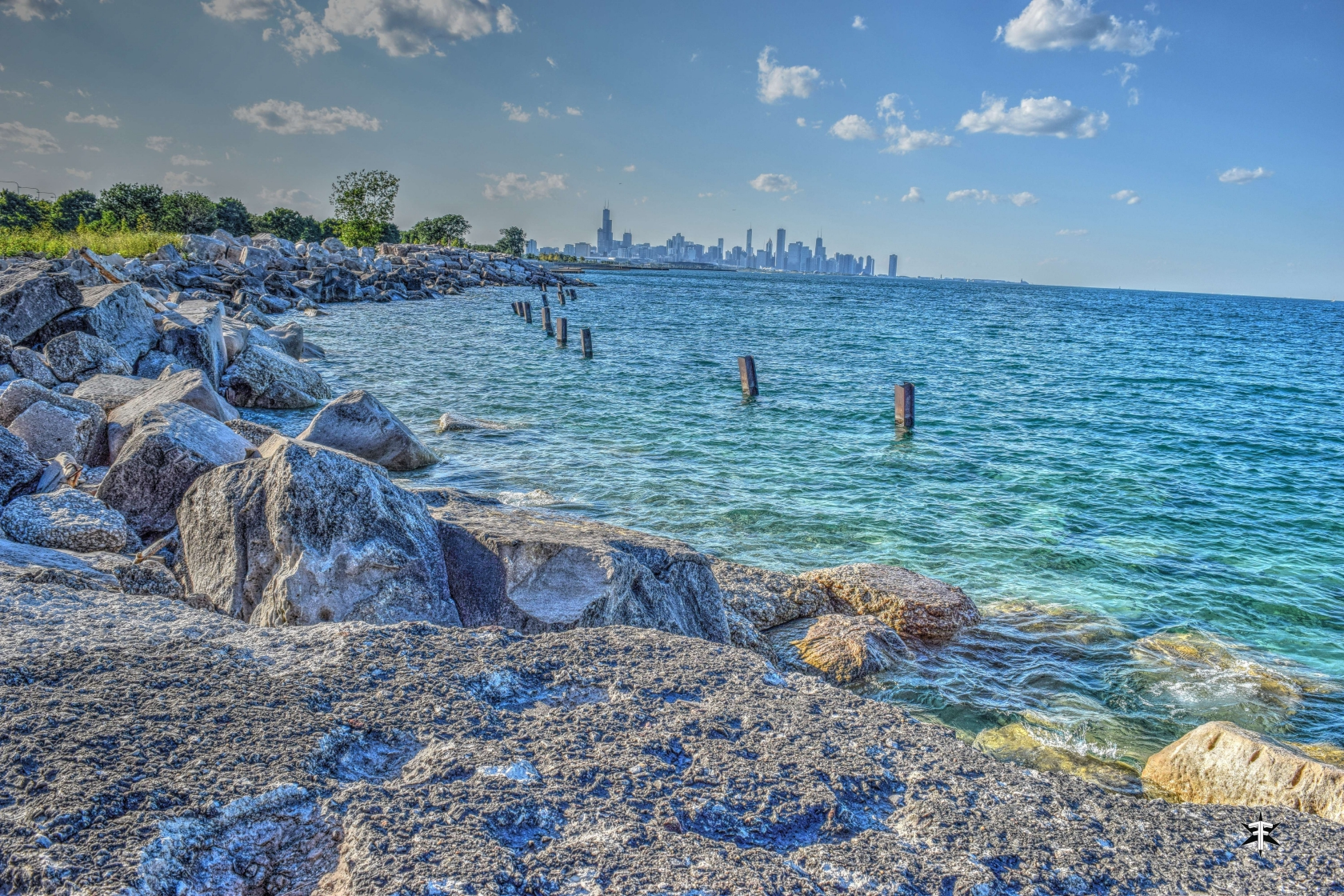 batch_chicago lake michigan skyline water colorful dark detail.jpg