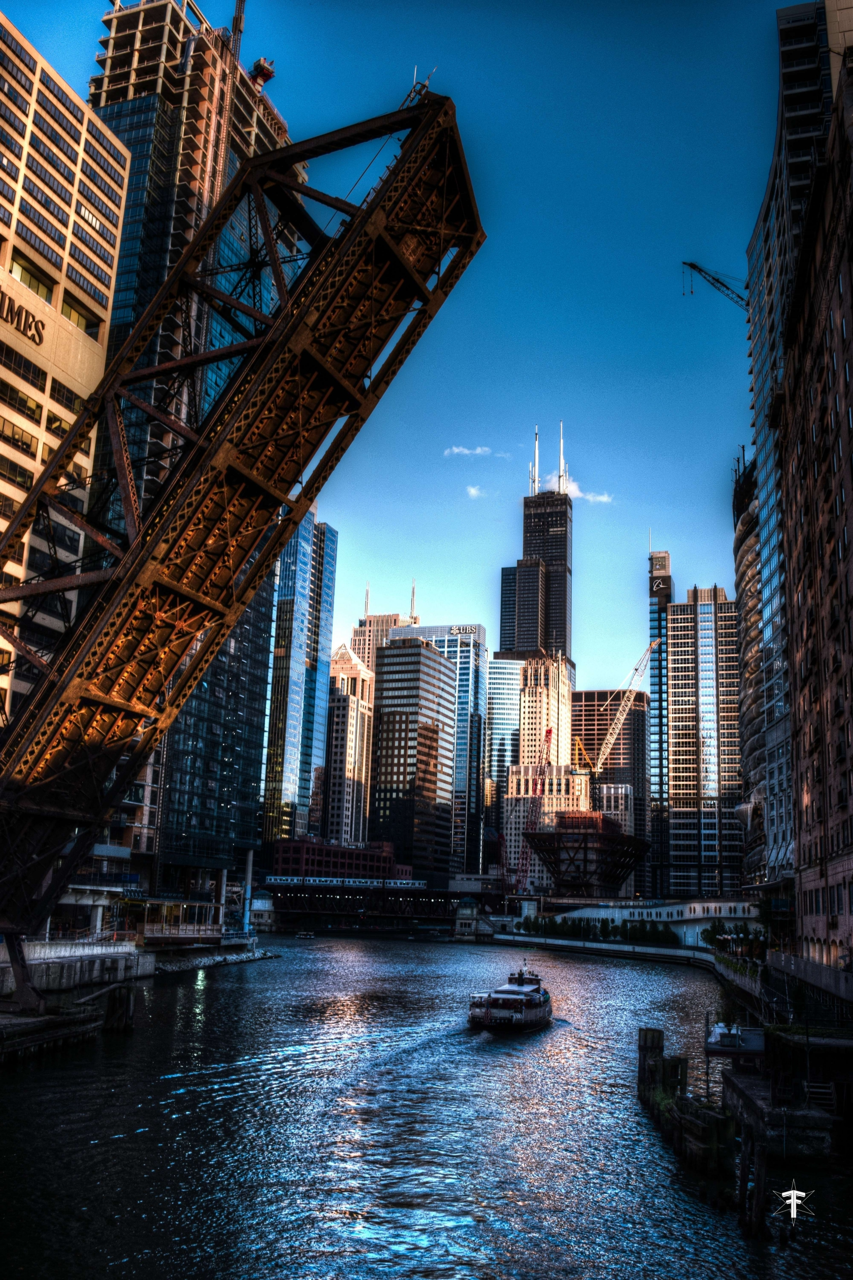 batch_golden hour chicago wolf point buildings moody.jpg