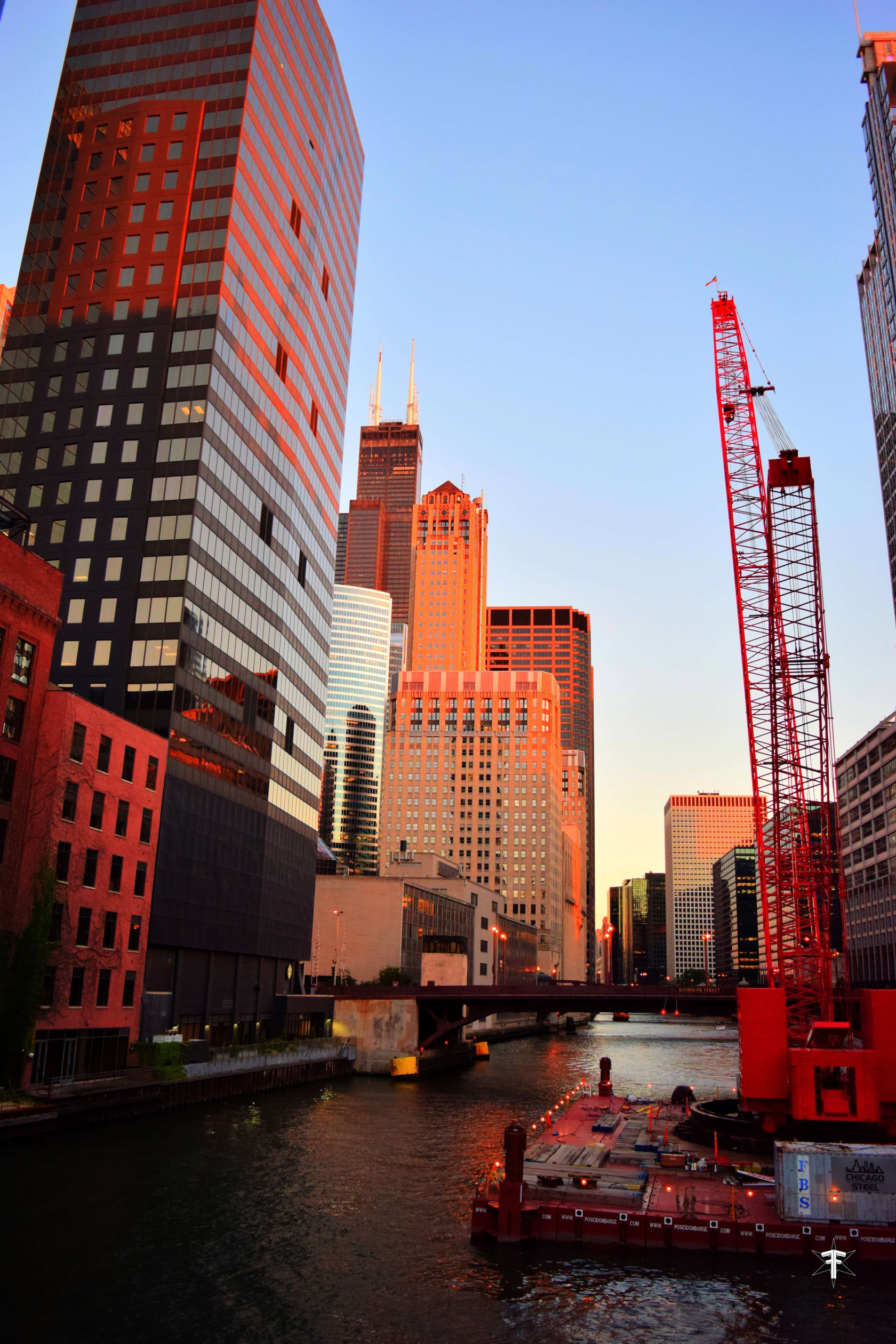 batch_good chicago river construction building sears tower color.jpg