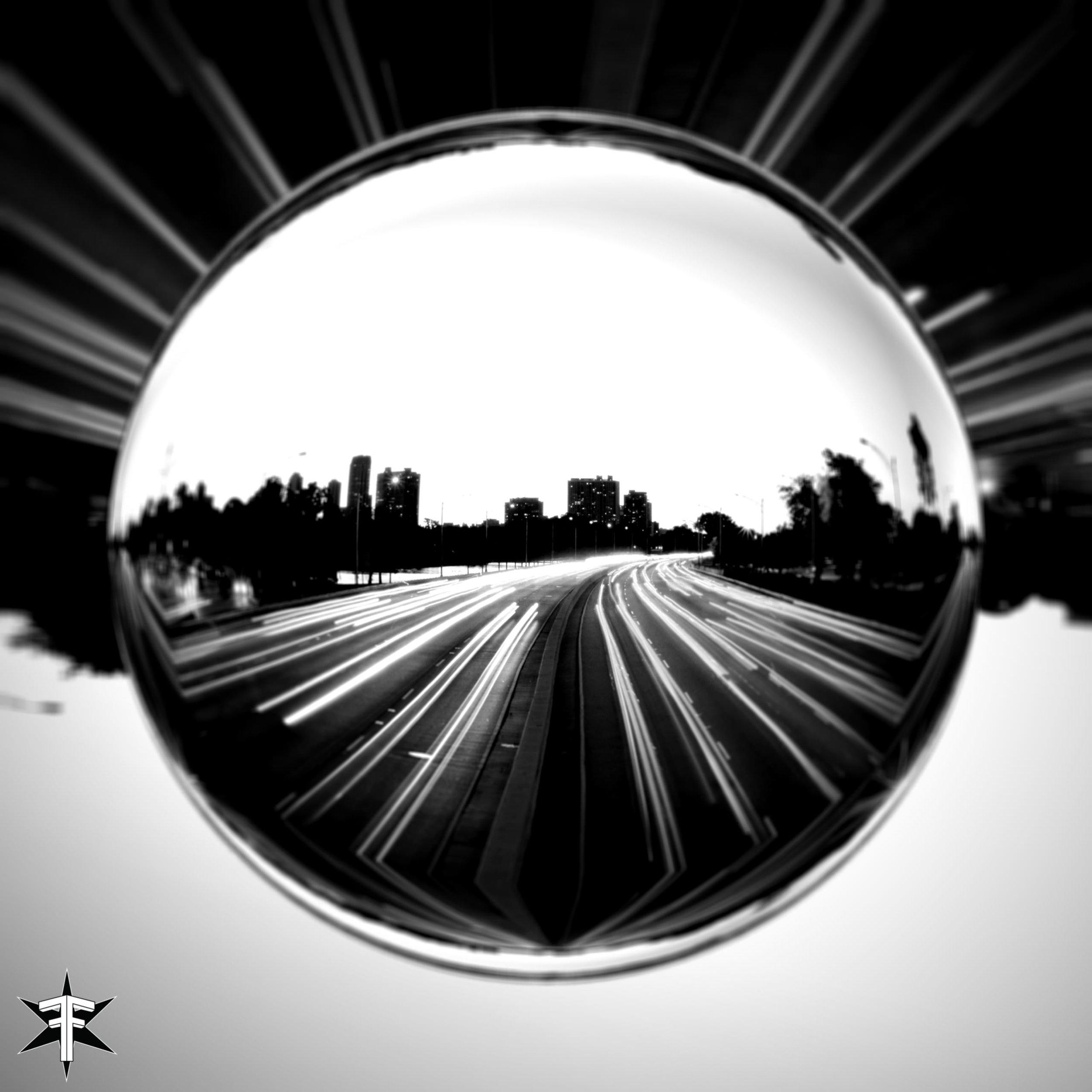 822_mirror2.jpg