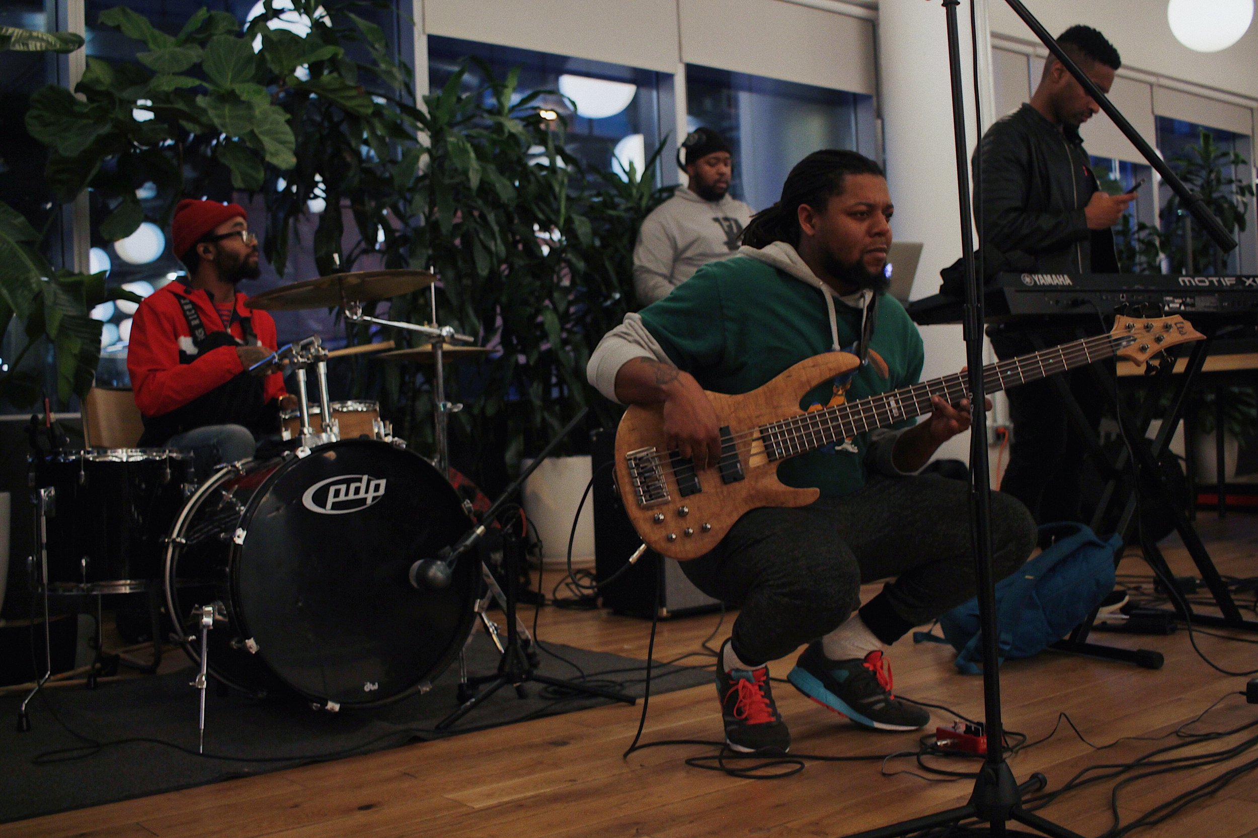 Julz Powell, Benji., and Slim Tha DJ warming up before their SoFar Sounds D.C. set. | Photo by Alex Young
