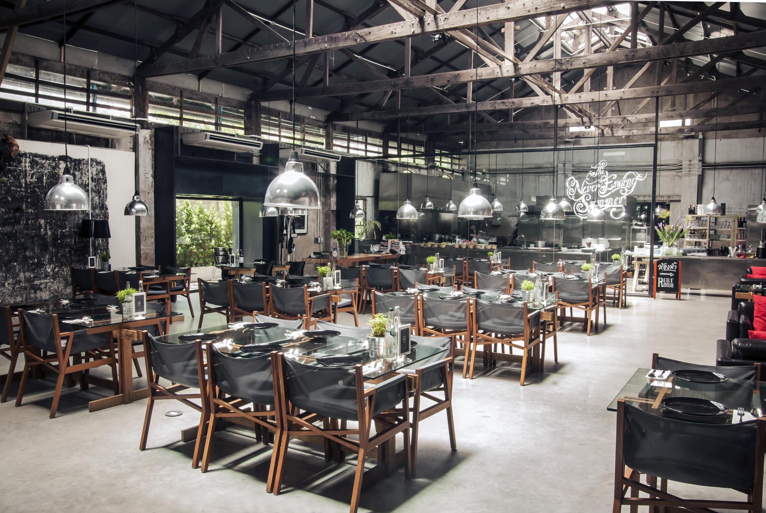 DB The Never Ending Summer Restaurant (C) Murray White.jpg