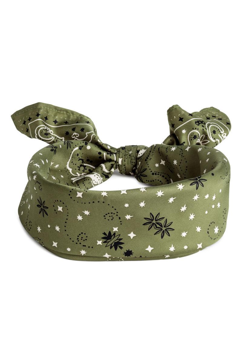 olive scarf_2hmprod.jpg