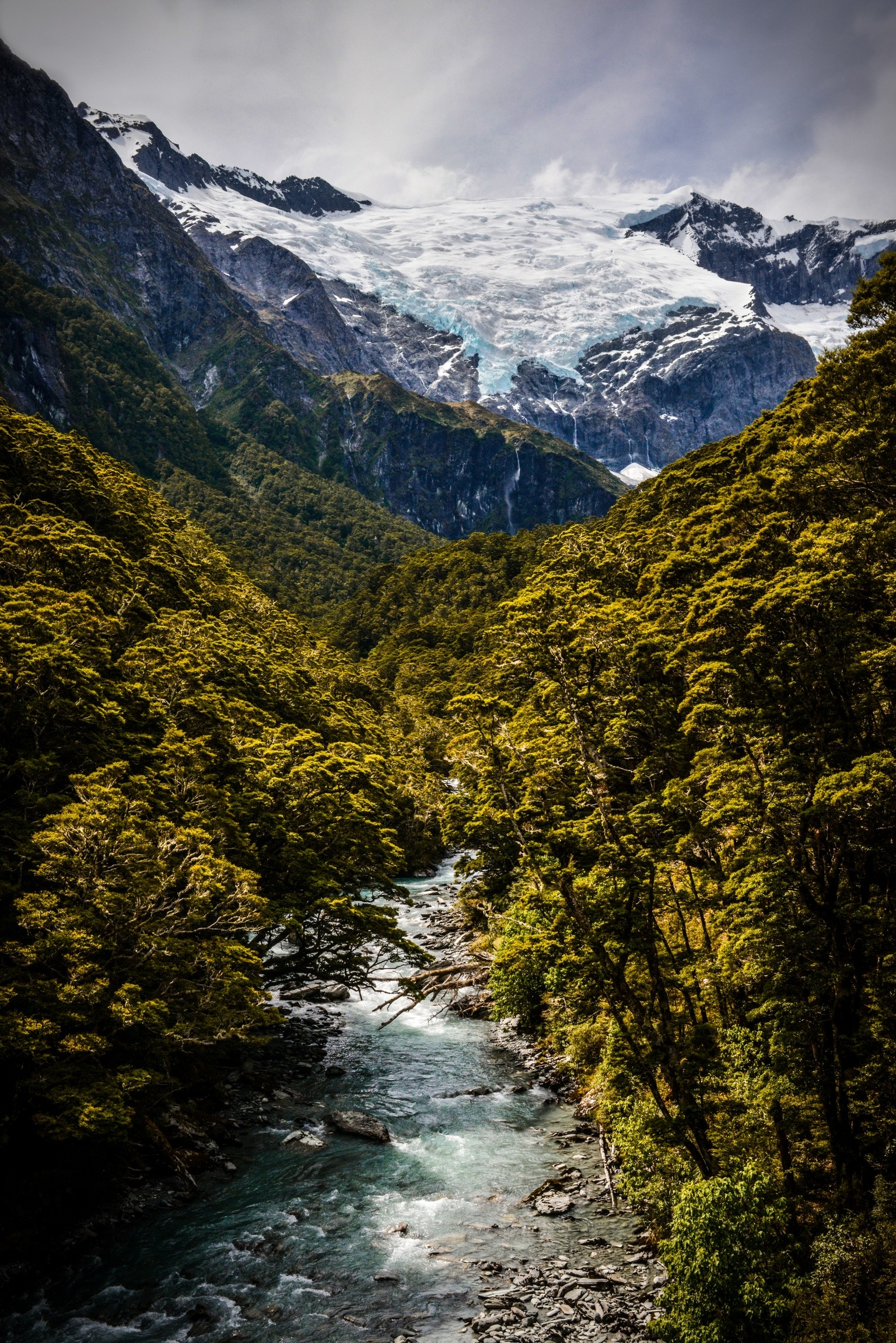 Photo of Mount Aspiring in New Zealand.By  Will Turner on  Unsplash .