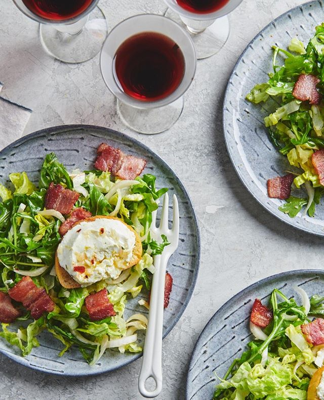 All my favorite ingredients, in one salad 🥗 . . . . . #dinnerideas #redwine #pancetta #salad #healthycooking #dinnerdate #photooftheday #instadaily #gloobyfood #food52 #eatpretty #food52grams #beautifulfood #thehub_food #gatheringandstyling #foodartblog #eeeeeats #feedfeed #buzzfeast #vscofood #eaterny #epicurious #grubstreet #thedailybite #firstweeat #foodiefeatures