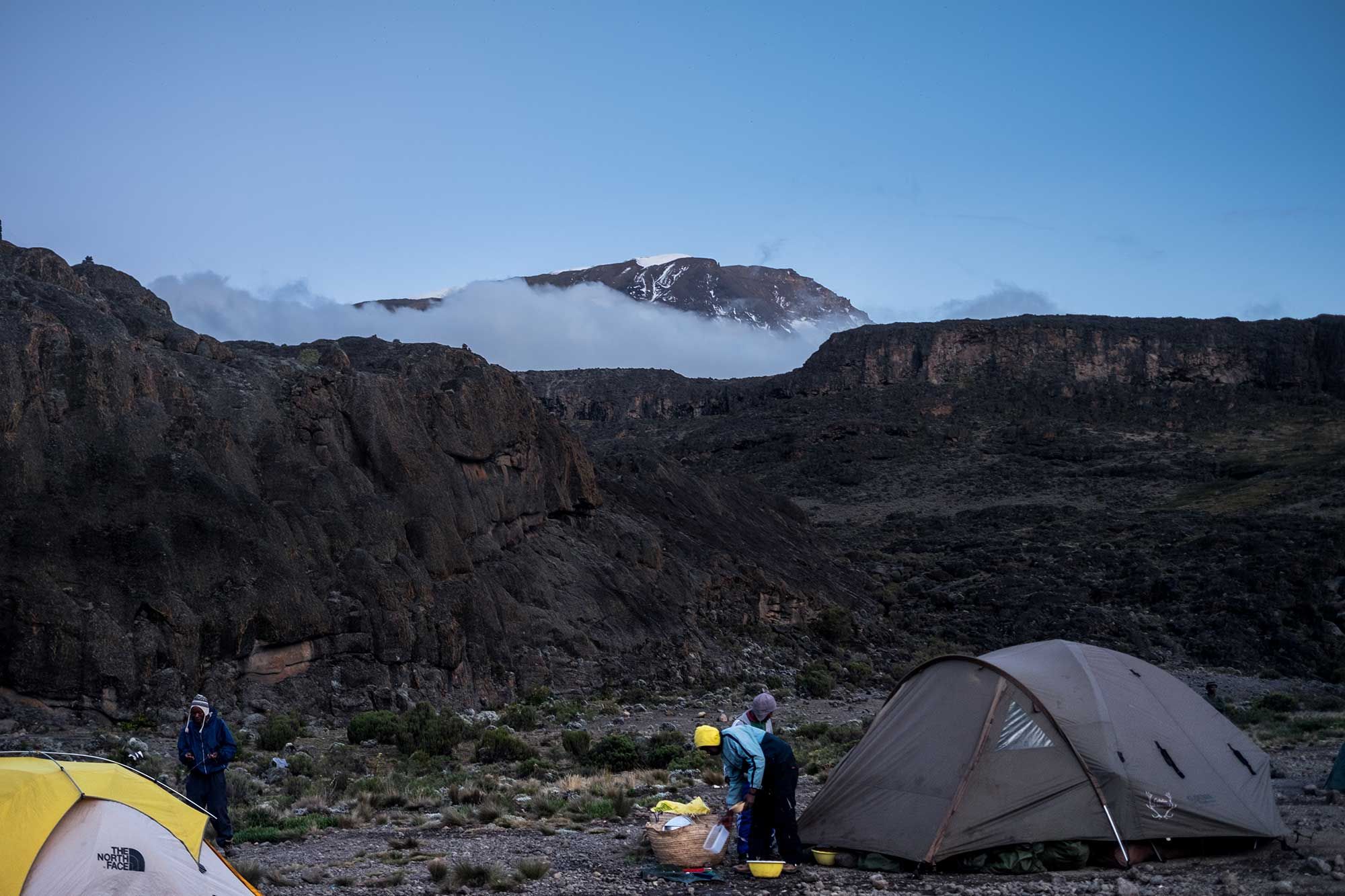 D3-33-kibo-kilimanjaro-pokes-out-from-clouds-at-dusk.jpg