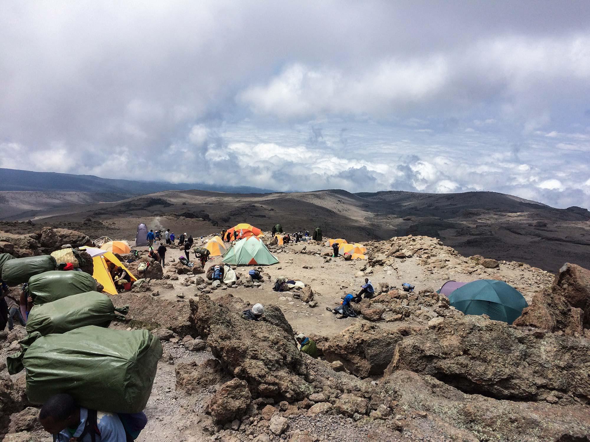 D6-40-duma-explorers-bet-spot-barufu-camp-kilimanjaro.jpg