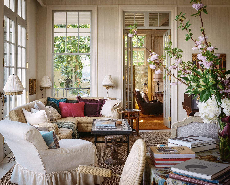 Architecture: Stephen Sullivan Designs Interiors: Jeffrey Bilhuber