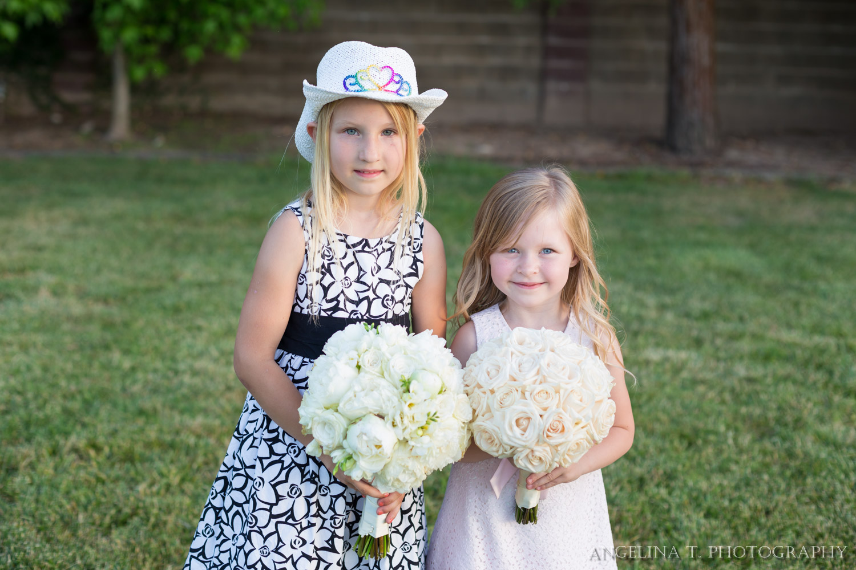 sacramento-wedding-photographer-07-flower-girls.jpg