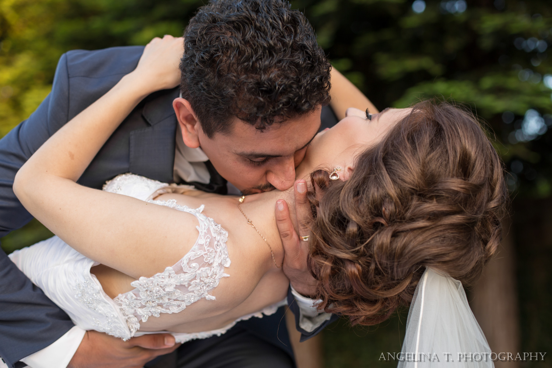 sacramento-wedding-photographer-09-neck-kiss.jpg