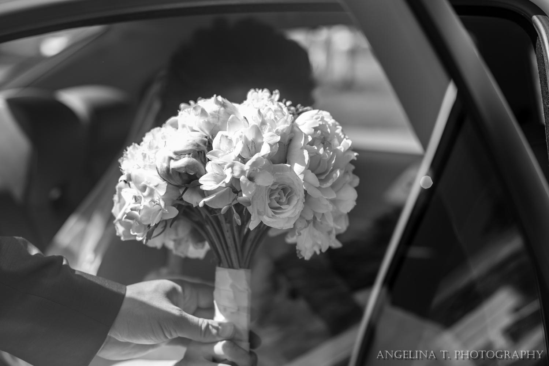 sacramento-wedding-photographer-39-bouquet.jpg