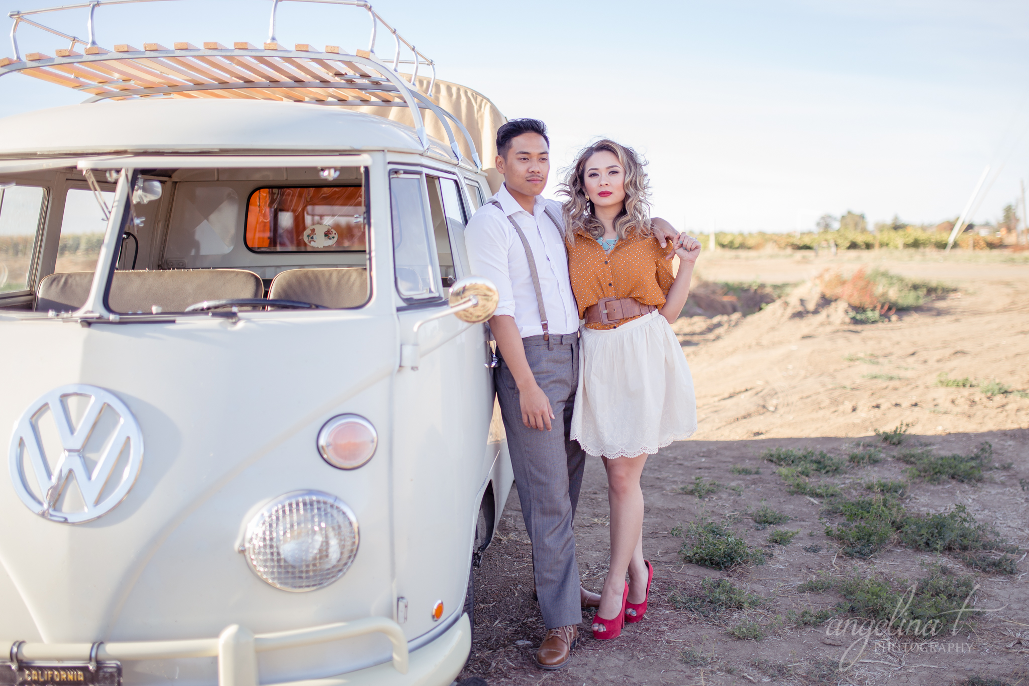 Volkswagen-Bus-Engagement-Photography-Sacramento-01.JPG