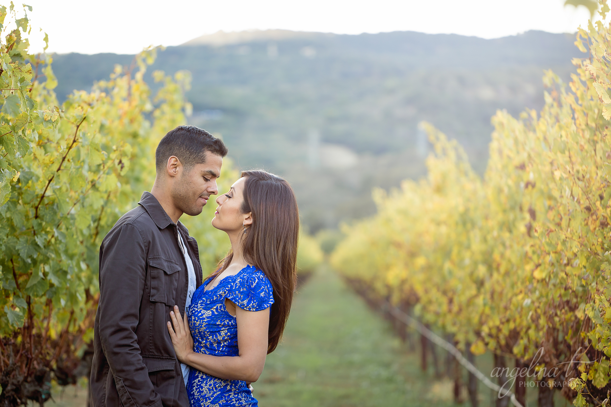 Best-Sacramento-Engagement-Photographer-Vineyard-03.jpg