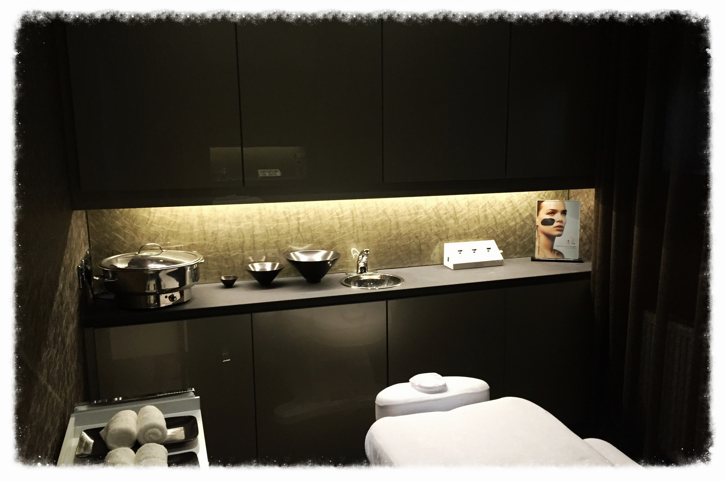 touched beauty private treatment room