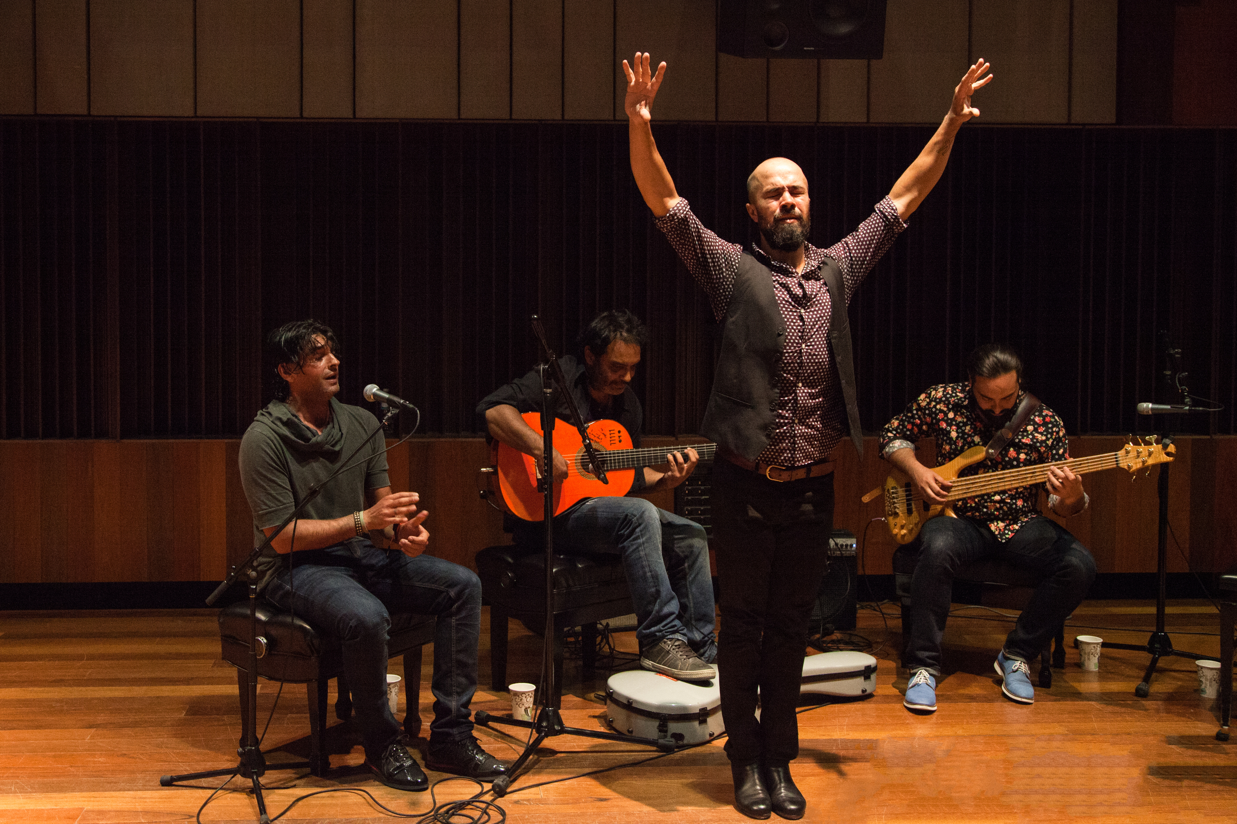 Nino de los Reyes Performs @ Oberlin