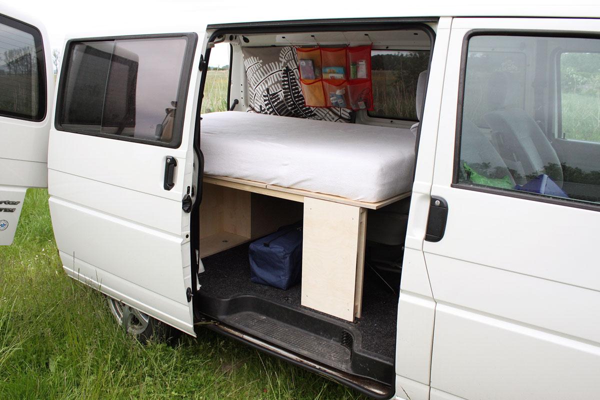 Kopie von tischlerei rossnagel bulli bett camping T4 7