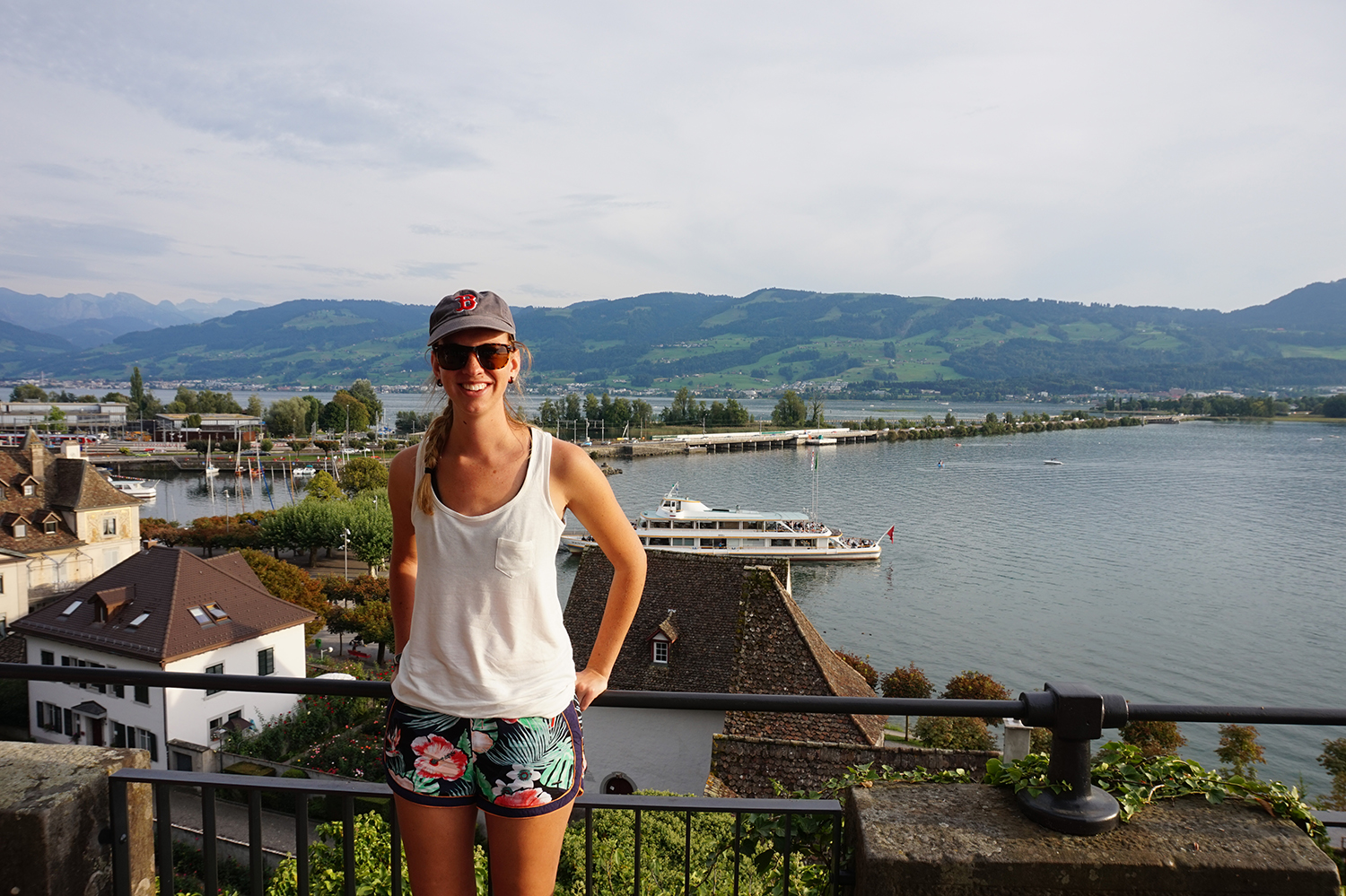 A view looking south at Lake Zurich, with the alps in the background.