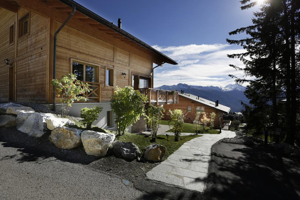 PROGETTO :  Crans Luxury Lodge  (5* Serviced luxury Chalets), Crans Montana - Switzerland   SERVIZI : Yield Management Consulting