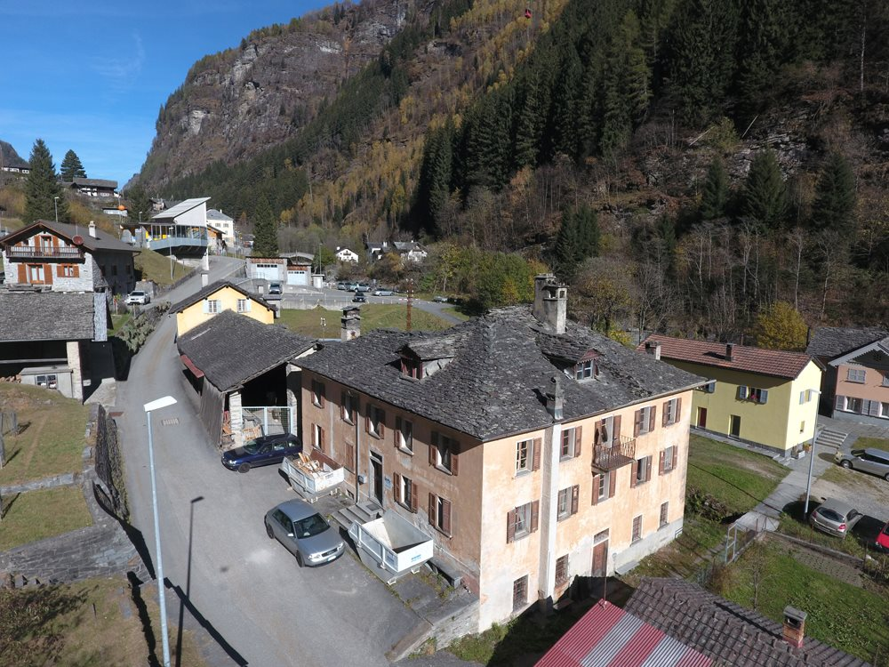 PROJECT : B&B ai Cav Calanca - Switzerland (restored historical building, 4 rooms, spa corner and events spaces)   SERVICES : Concept creation, Business Plan, Financial forecast, Financials Founds research