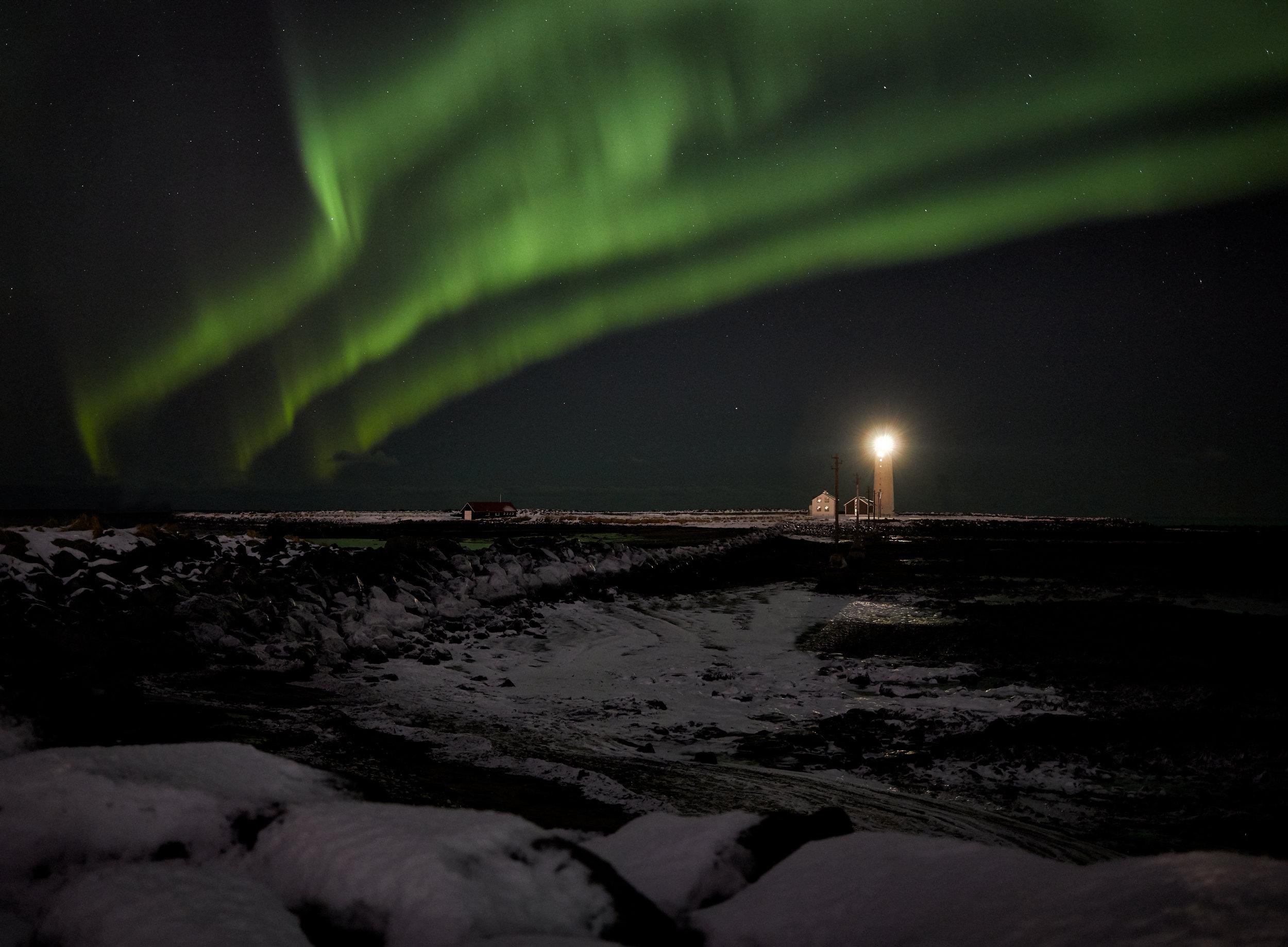 AuroraLighthouse01.jpg