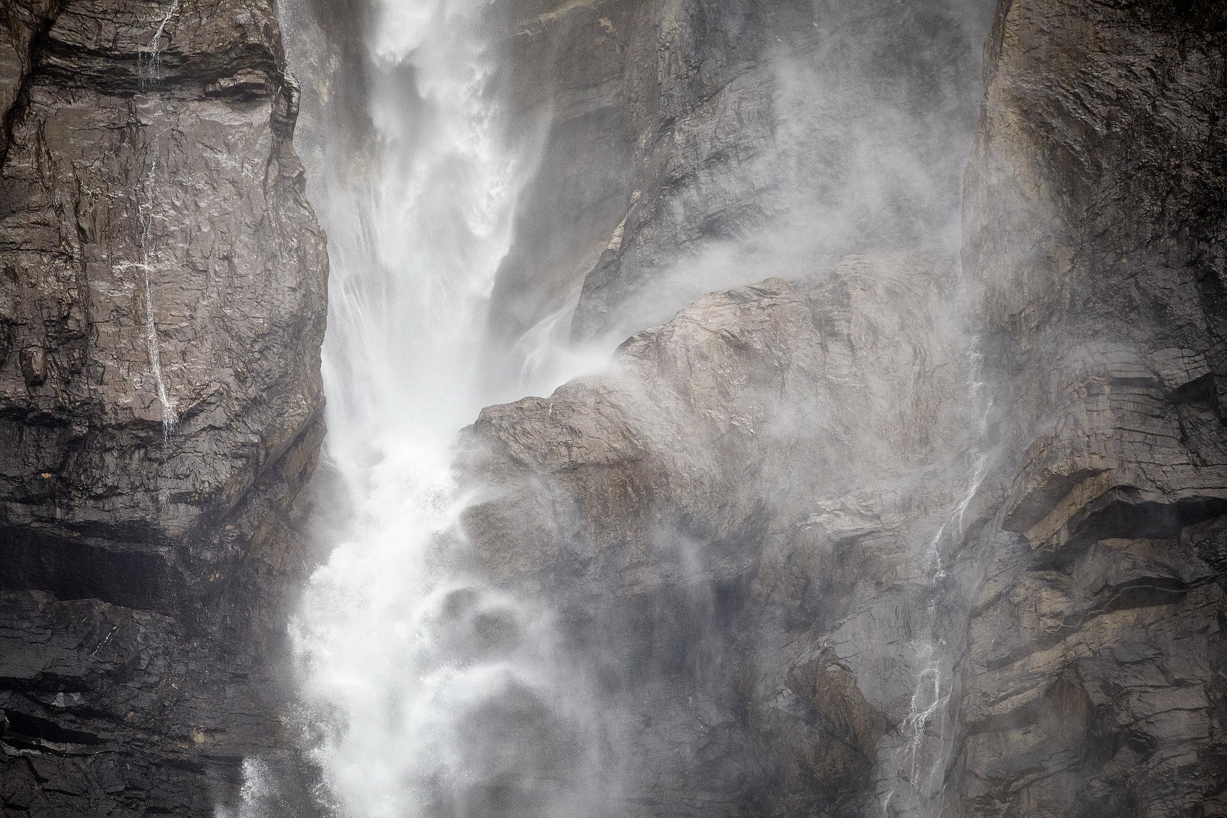 WaterFallDetail82.jpg