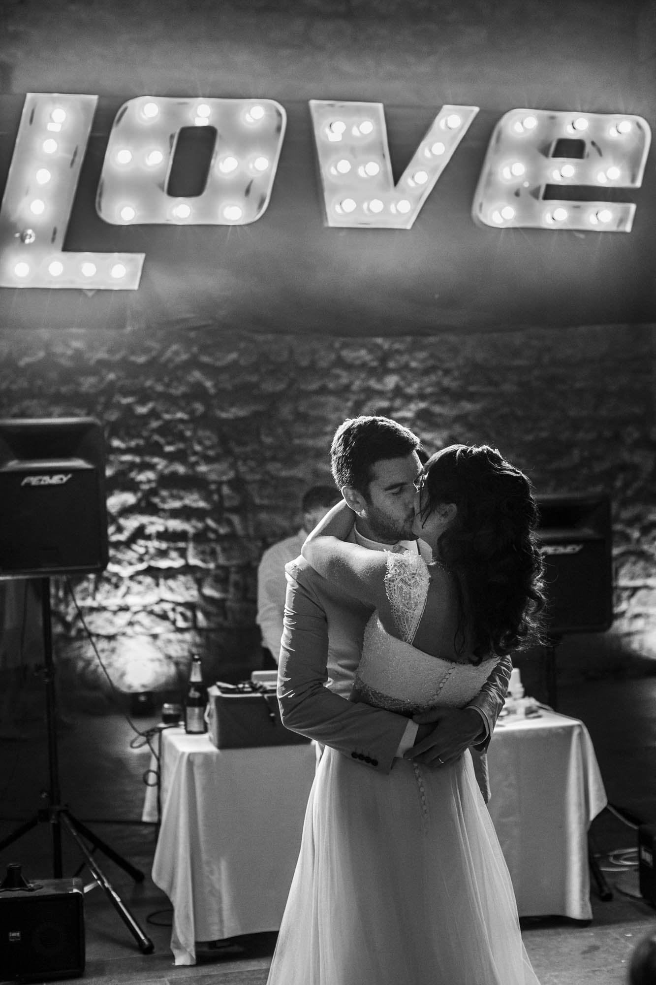 WEDDING-PHOTOGRAPHY-IN-CORSICA_021.jpg