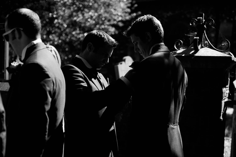 groomsmen buttonholes.jpg