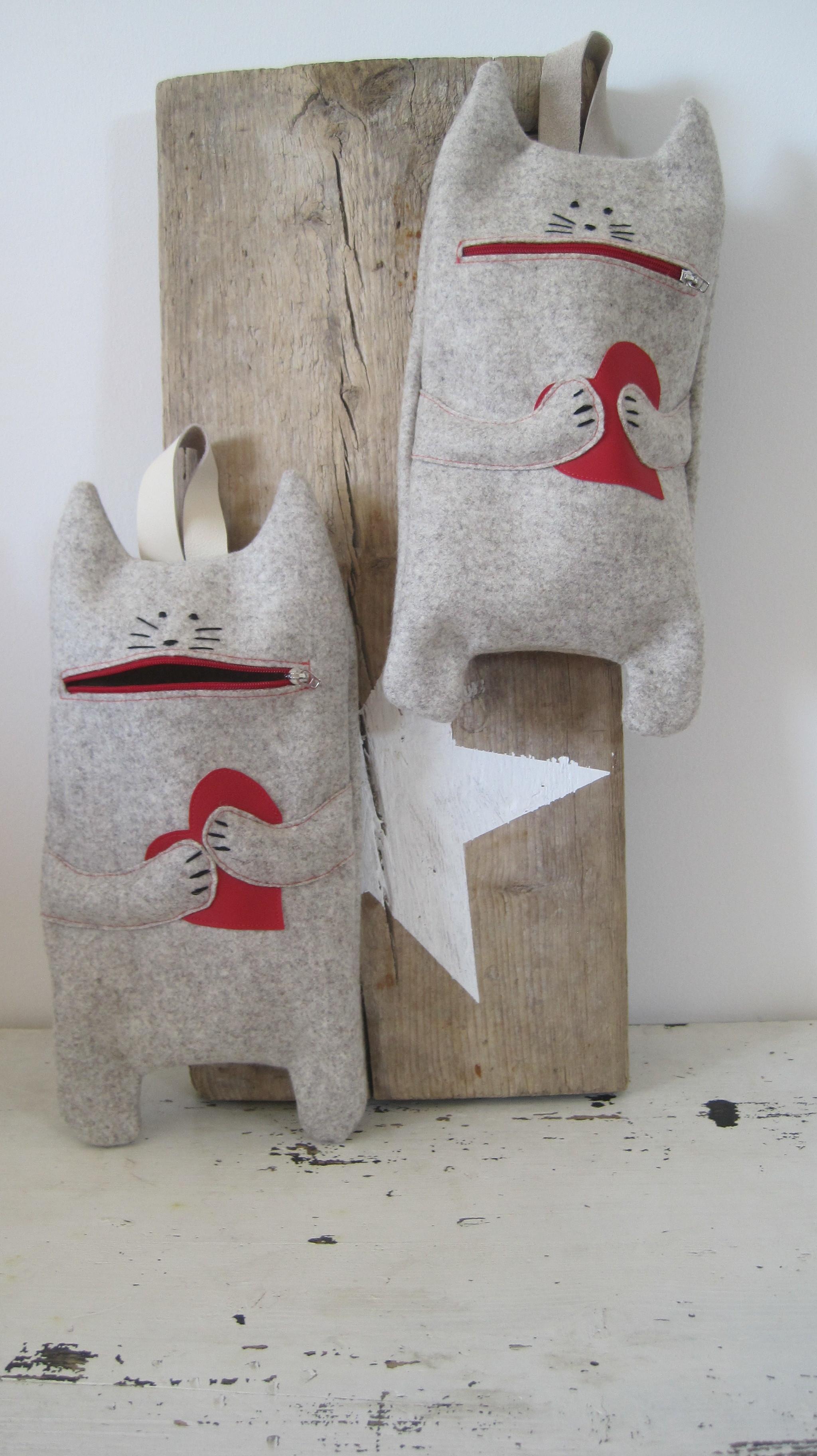 Katzensackel für Taschentücher und sonstigem Kramuri, aus hochwertigem Wollfilz, 19,-€