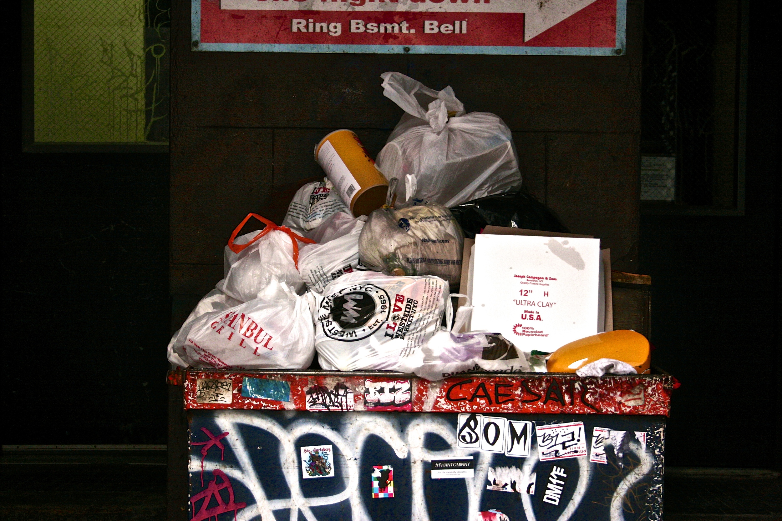 trash-pile-in-nyc.jpg