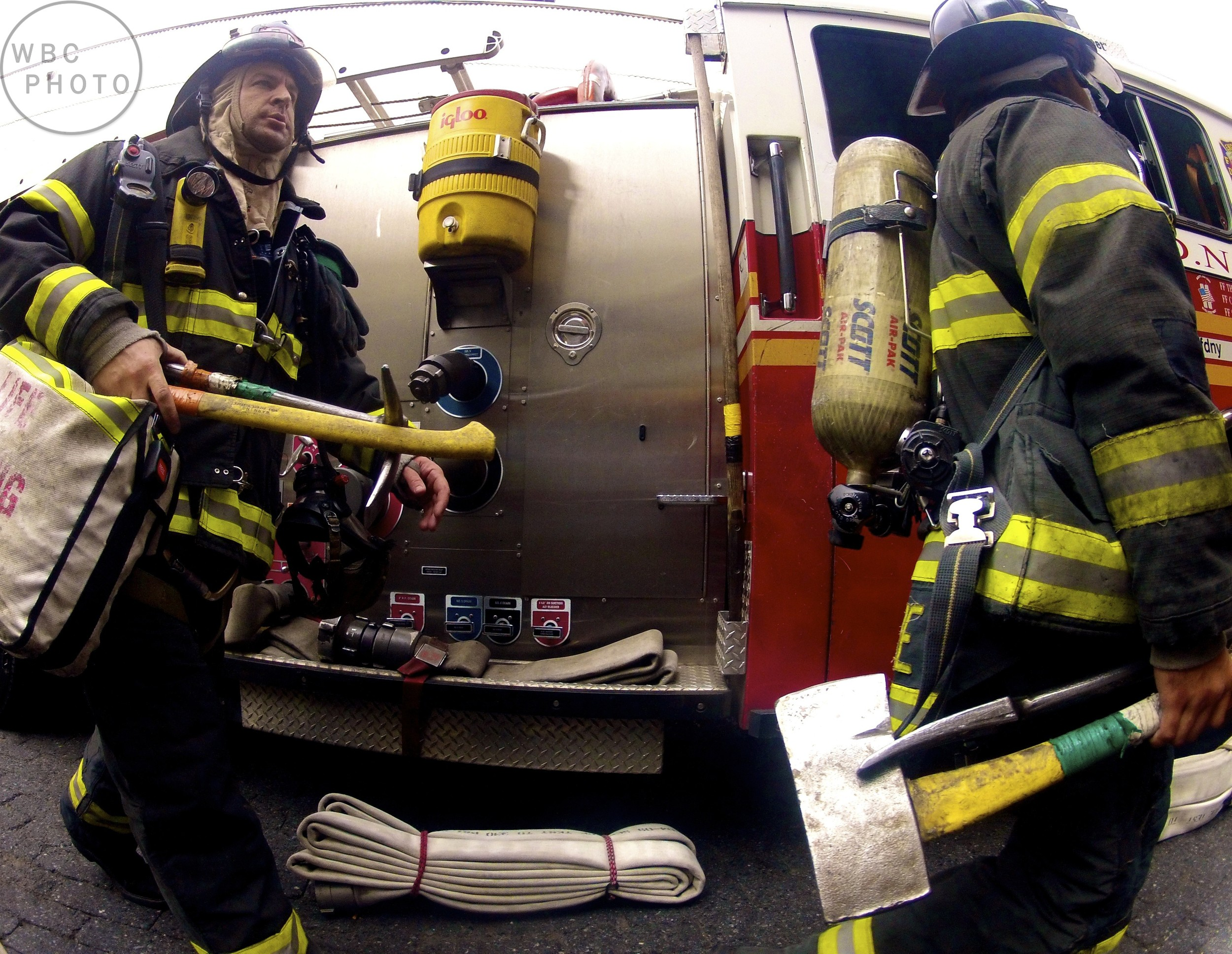 firefighters-responding-at-south-street-seaport-nyc-wbc.jpg